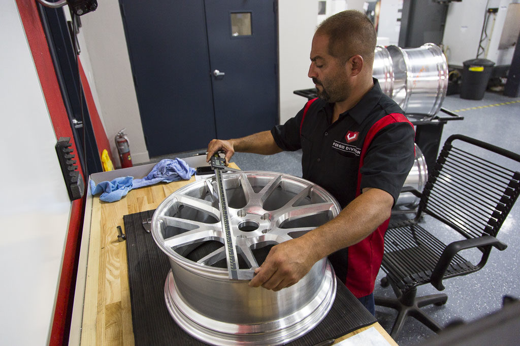 Как производят кованые диски Vossen Wheels. Часть 3
