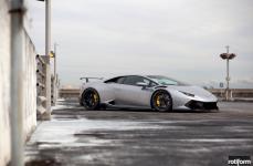 Lamborghini Huracan на дисках Rotiform KPS
