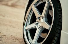 Volkswagen Scirocco на дисках FR3 Machine Silver