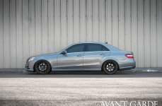Mercedes-Benz E-350 на дисках Avant Garde M310