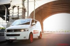 Volkswagen Transporter на дисках Vossen CV4