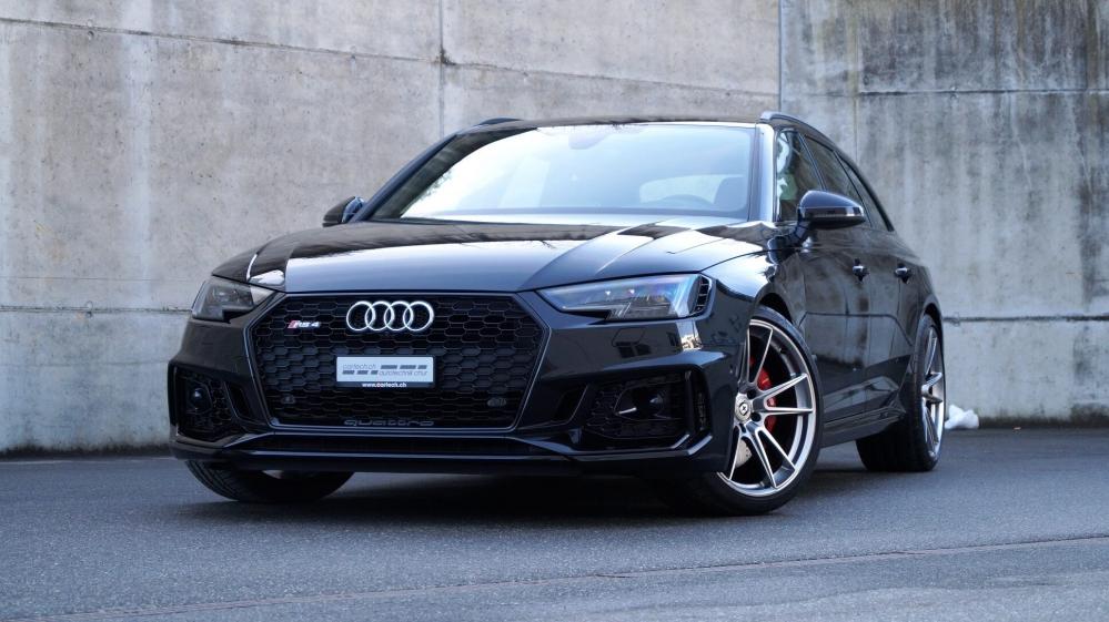 Audi RS4 на дисках HRE FF04