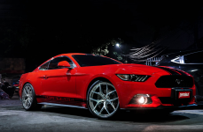 Ford Mustang на Дисках VOSSEN FORGED S21-01