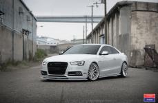 Audi S5 на дисках Vossen x Work VWS-2