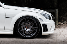 Mercedes C63 AMG на дисках Blaque Diamond BD-3