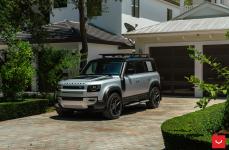 Land Rover Defender на дисках VOSSEN HF-5