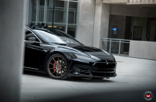 Tesla Model S на дисках Vossen Forged VPS-310