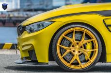BMW M4 на дисках Rohana RFX5 Custom Gold