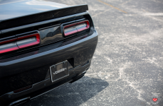 Dodge Hellcat на дисках Vossen Forged VPS-306