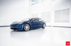 Tesla Model 3 на дисках VOSSEN VFS1
