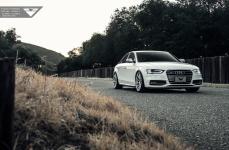 Audi S4 на дисках Vorsteiner V-FF 102