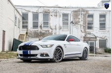 Ford Mustang на дисках Rohana RC9