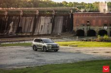 Lexus LX 570 на дисках Hybrid Forged HF-3