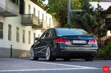 Mercedes E63 на дисках Vossen Hybrid Forged VFS-10