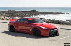 Nissan GTR на дисках Rotiform KPS
