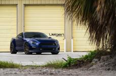 Mustang GT на дисках Velgen Wheels VMB9