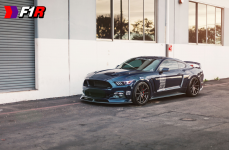 Ford Mustang на дисках F1R F27