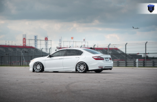 Honda Accord на дисках Rohana RC10