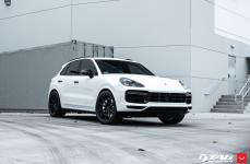 Porsche Cayenne на дисках VOSSEN HF-3