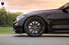 BMW M4 на дисках Rohana RC10
