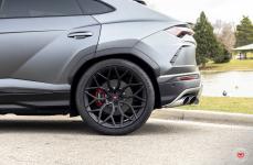 Lamborghini Urus на дисках Vossen Forged S17-01