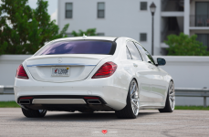 Mercedes-Benz S550 на дисках Vossen Forged VPS-301