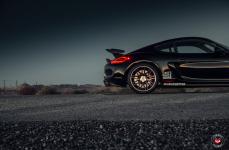 Porsche Cayman GT4 на дисках Vossen Forged VPS-314