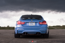 BMW M4 на дисках Vossen Forged VPS-301