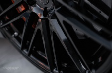 Mercedes S63 AMG на кованых дисках Vossen Forged VPS-307