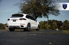 Porsche Cayenne GTS на дисках Rohana RC22