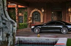 Mercedes Benz CL550 на дисках Heavy Hitters HH11