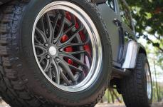 Jeep Wrangler JK на дисках Vossen VWS2