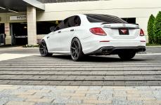 Mercedes E63s AMG на дисках Ferrada FR7 Matte Black