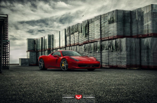 Ferrari 458 на дисках Vossen Forged VPS-303