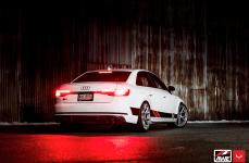 Audi S4 на дисках Hybrid Forged VFS-6
