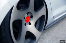 VW MK7 на дисках Rotiform TMB