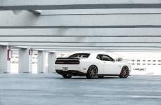 Dodge Challenger Hellcat на дисках Velgen Wheels VMB9