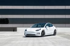 Tesla Model 3 на дисках XO LUXURY FLORENCE