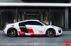 Audi R8 на дисках Vossen Hybrid Forged VFS-4