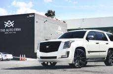 Cadillac Escalade на дисках DUB 8 Ball