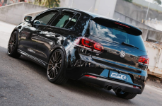 Volkswagen Golf на дисках HRE FF15