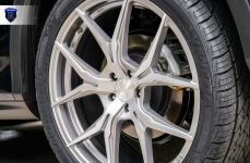 Lexus RX350 на дисках Rohana RFX5 Brushed Titanium