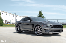 Ford Mustang на дисках NICHE Gemello