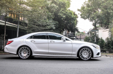 Mercedes Benz CLS-Class W218 на дисках Vossen VLE-1 Limited Edition R20