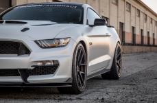 Ford Mustang GT на дисках Vorsteiner V-FF 101