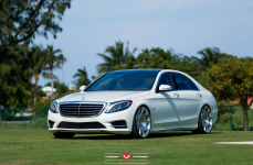 Mercedes-Benz S550 на дисках Vossen Forged VPS-312