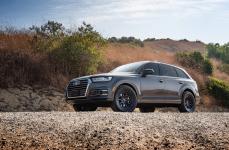 Audi Q7 на дисках BLACK RHINO CHASE