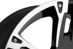 ULTRA MAVERICK 235B Gloss Black with Diamond Cut Accents