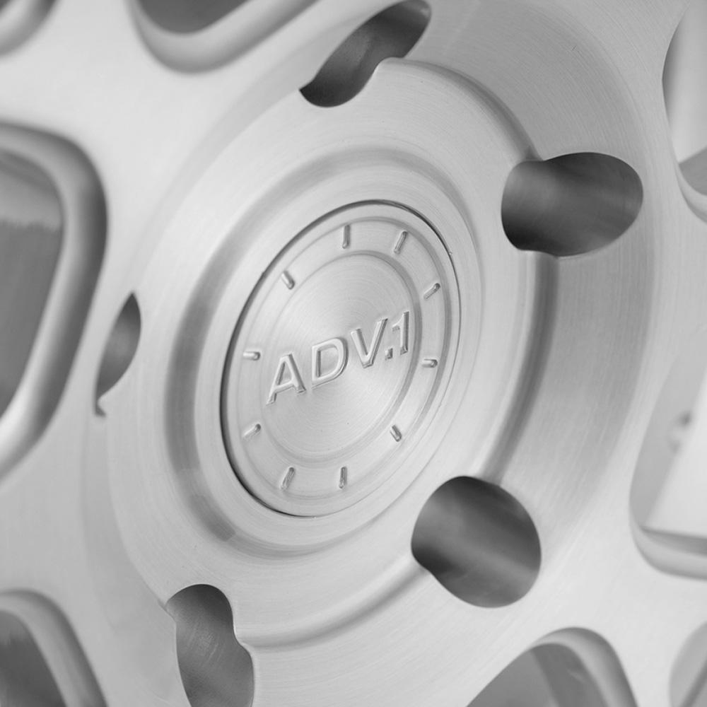 ADV.1 8 DC Custom
